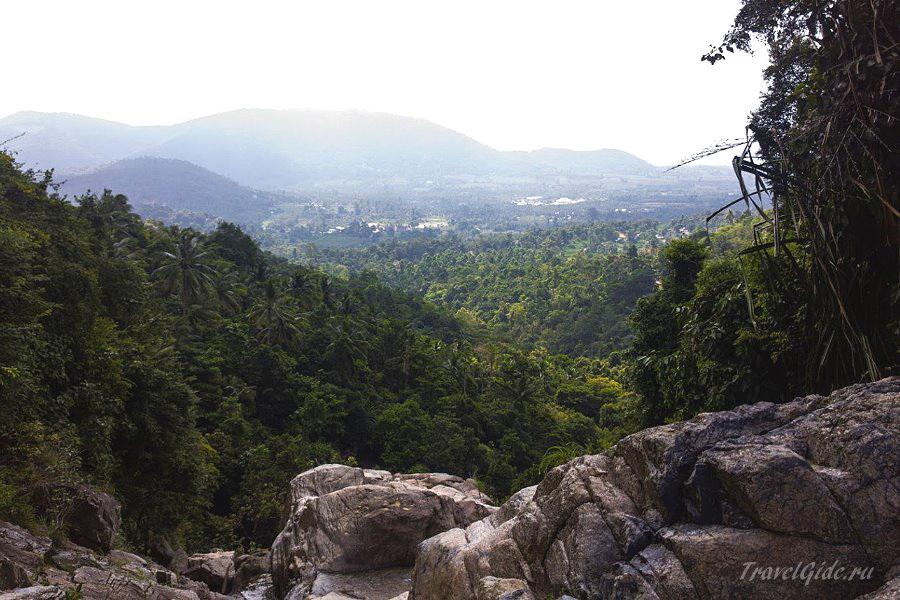 Вид с горы на джунгли