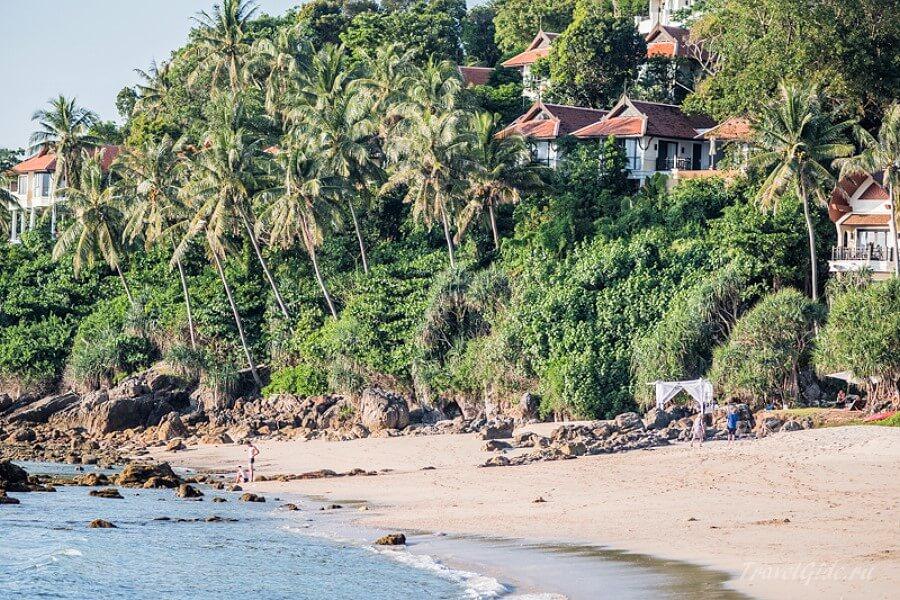 Пляж с моря