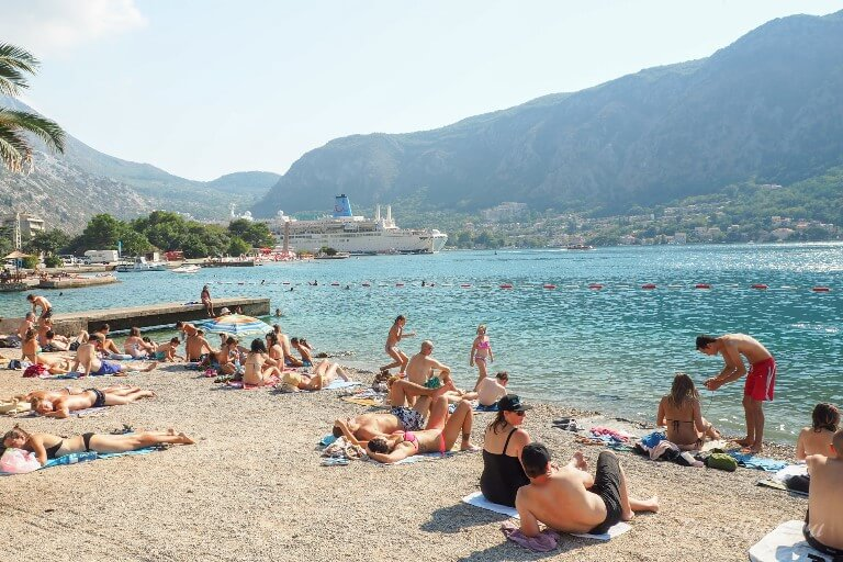 Общественный пляж