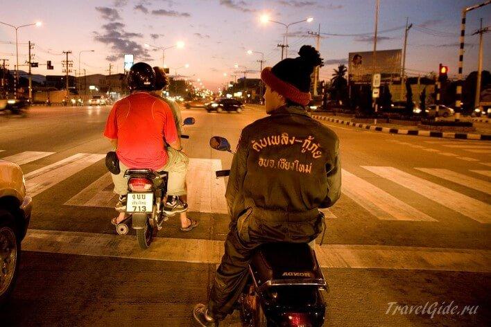 Пешеходный переход в Бангкоке