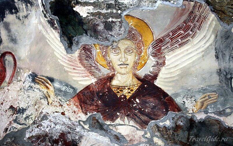 Фреска ангел