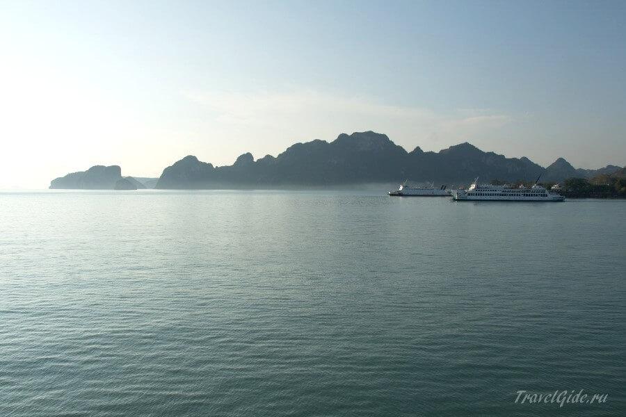 утро в Таиланде на пароме
