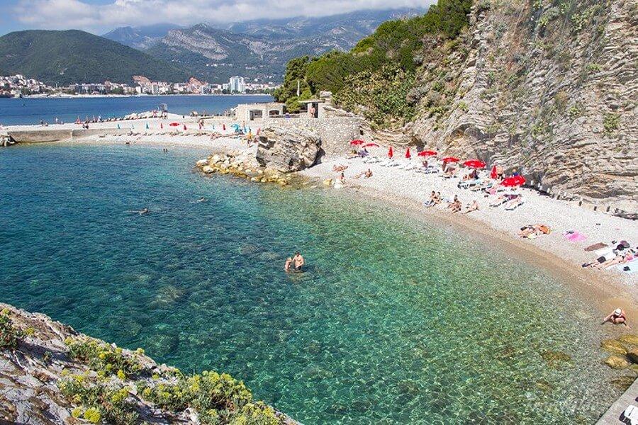 Пляж на острове Свети Никола