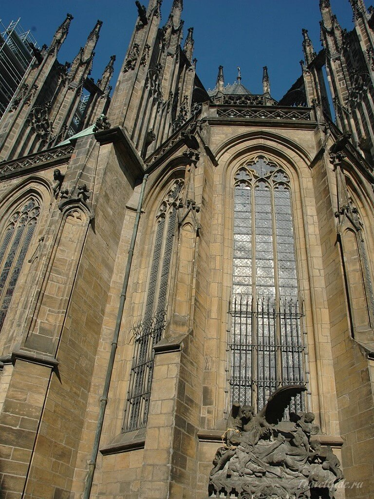 Фасад St. Vitus Cathedral