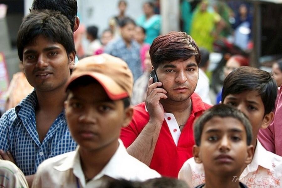 Молодые индусы в Дели