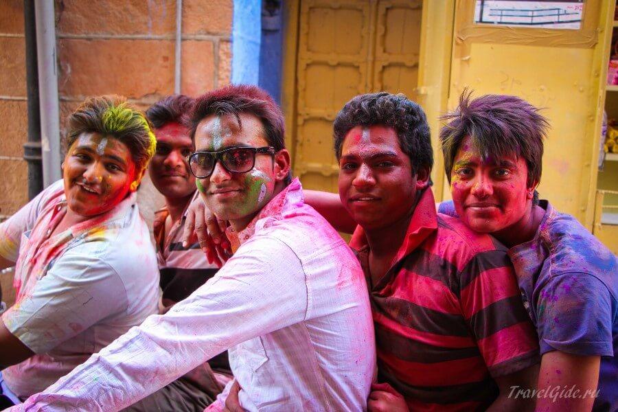 Индийские подростки