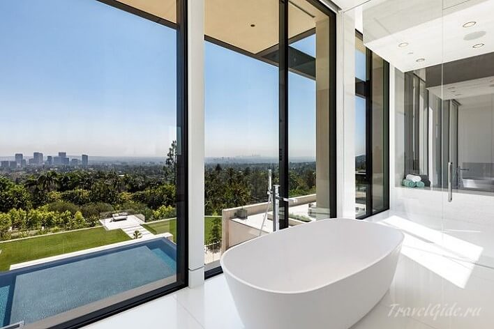 ванная комната внутри 908 bel air road