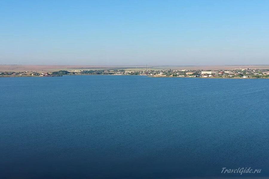 побережье Чёрного моря у Оленевки в Крыму