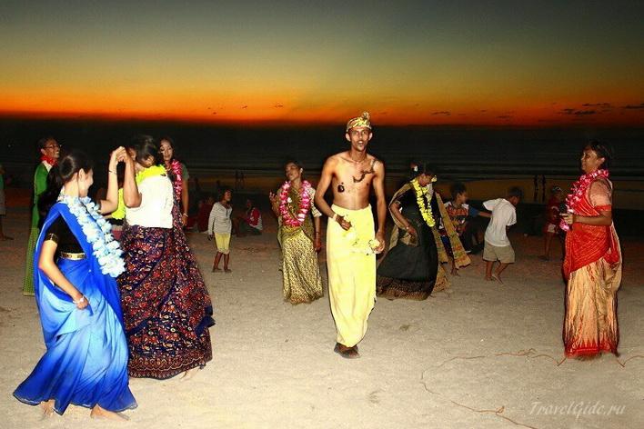 Танцы на Бали © Travelgide.ru