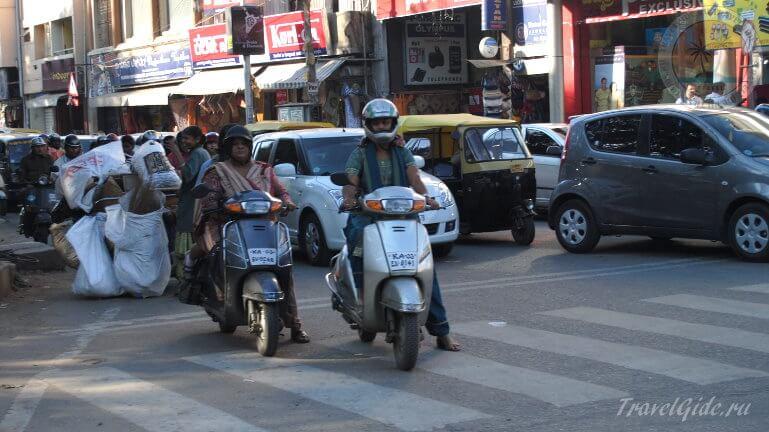 Траффик на дорогах Индии