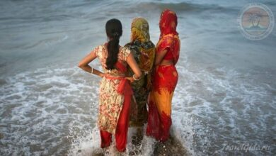 Photo of Почему женщины в Индии купаются в одежде а не в купальнике бикини